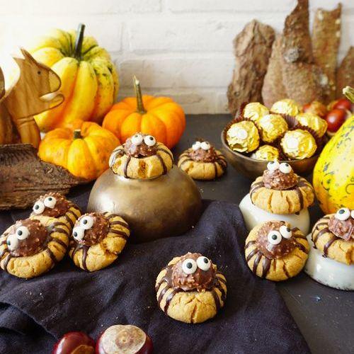 Spinnen-Kekse mit Erdnussbutter